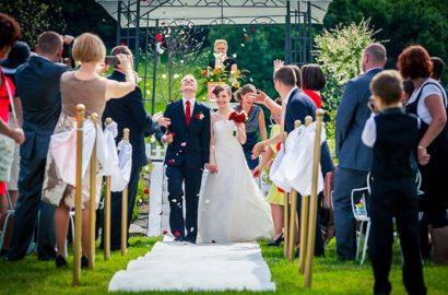 Wesele i ślub w lipcu – wady i zalety