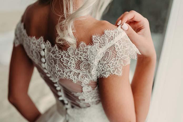suknię weselną